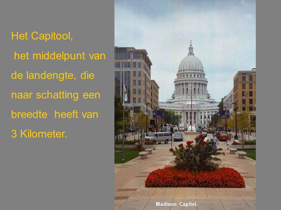 Het Capitool, het middelpunt van de landengte, die naar schatting een breedte heeft van 3 Kilometer.