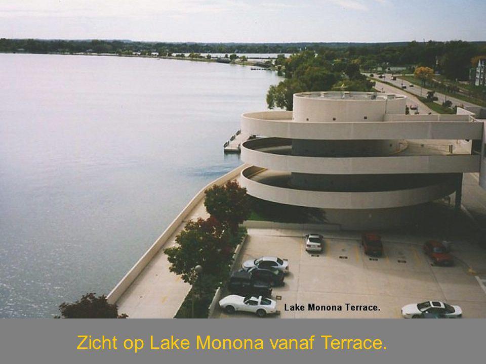 Zicht op Lake Monona vanaf Terrace.