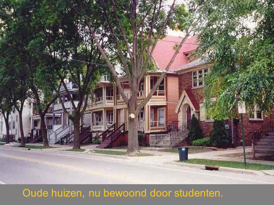 Oude huizen, nu bewoond door studenten.