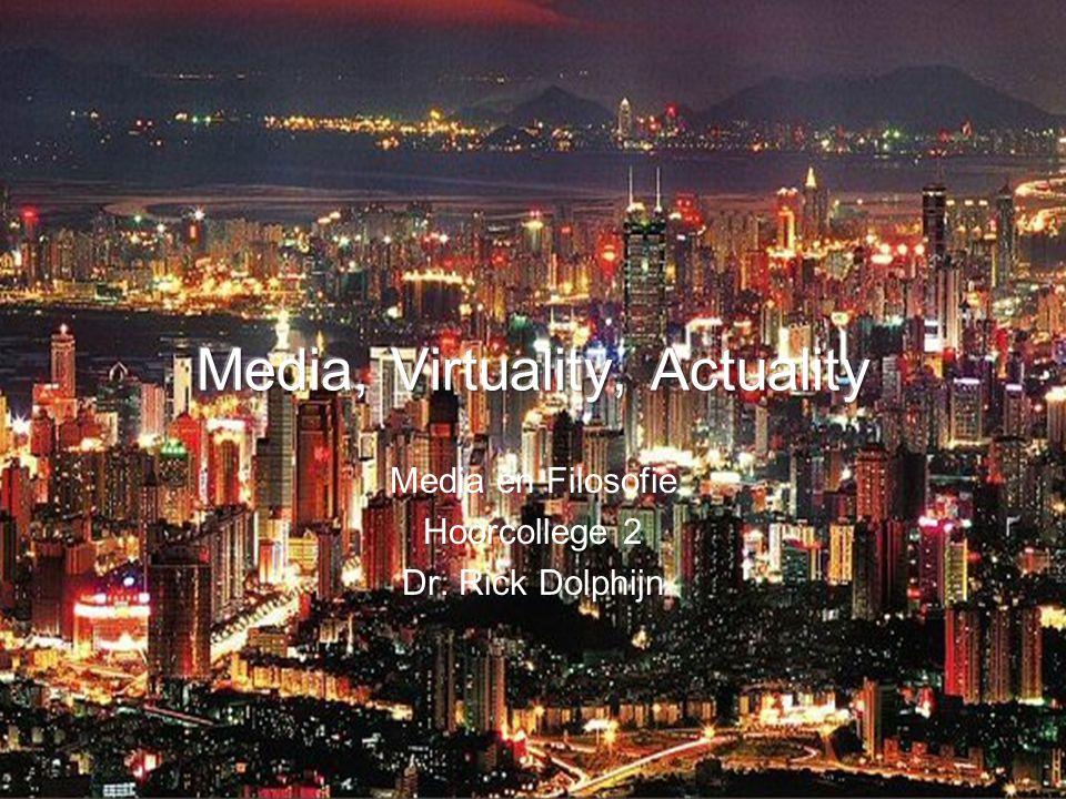 Φιλοσοφία van de Media 1.Media beperken zich niet tot de technologie en haar mogelijkheden tot expressie: maar draait om alles wat zich in zeker zin volgens het medium gedraagt (McLuhan).