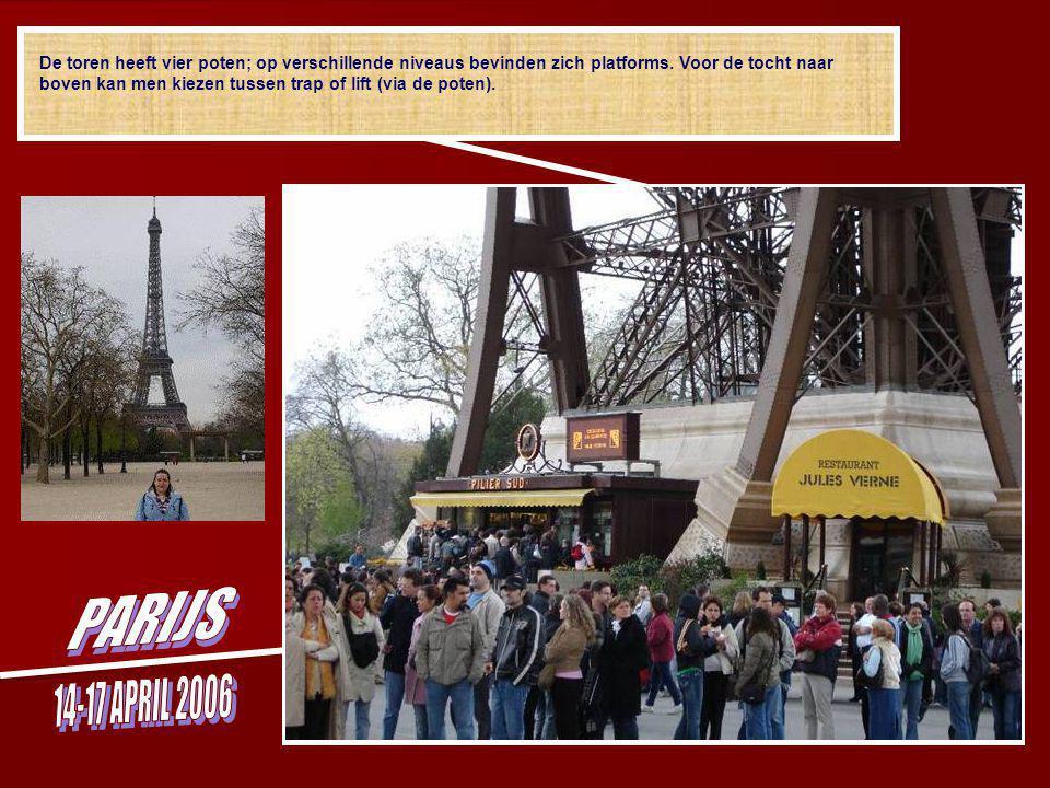 En daar is hij … de Eiffeltoren, het symbool van Parijs genoemd naar zijn bouwheer Gustave Eiffel.