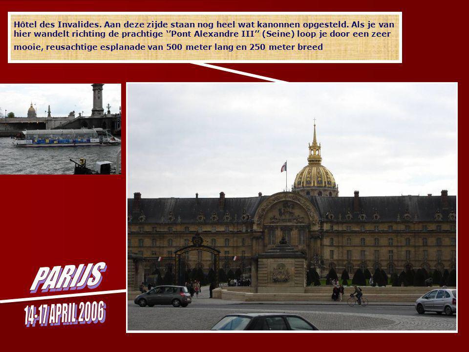 Hôtel des Invalides. In 1861 werd Napoleons stoffelijk overschot in een praalgraf geplaatst.