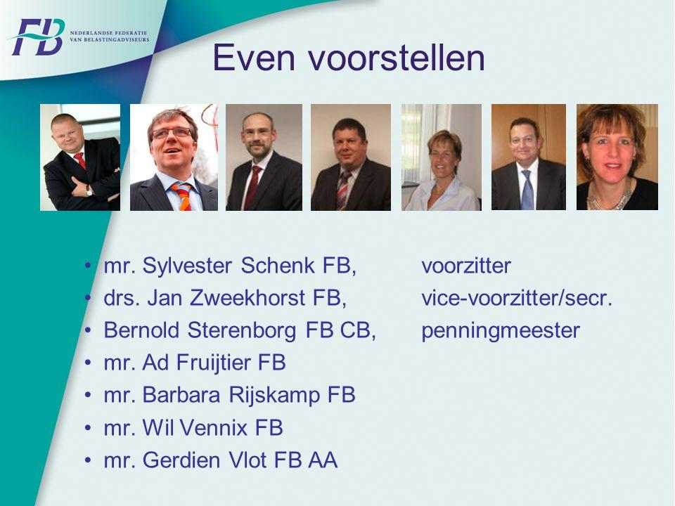 Even voorstellen mr. Sylvester Schenk FB, voorzitter drs. Jan Zweekhorst FB, vice-voorzitter/secr. Bernold Sterenborg FB CB, penningmeester mr. Ad Fru