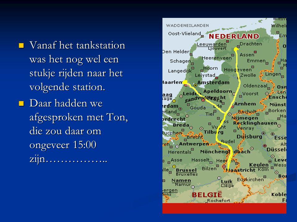 We hadden als eerst afgesproken om vanuit het eerste tankstation na Arnhem, de club Zandvoort en Friesland (en Zwolle) samen te laten rijden tot aan het volgende tankstation vlak voor de grens.