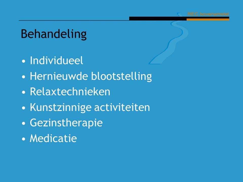 Behandeling Individueel Hernieuwde blootstelling Relaxtechnieken Kunstzinnige activiteiten Gezinstherapie Medicatie