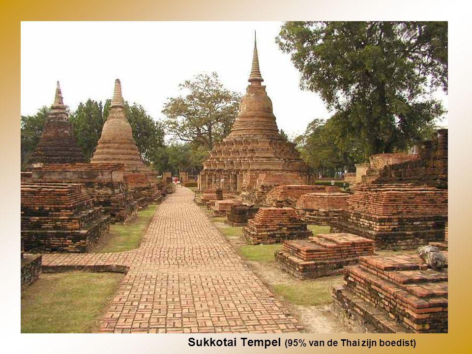 Sukkotai Tempel (95% van de Thai zijn boedist)