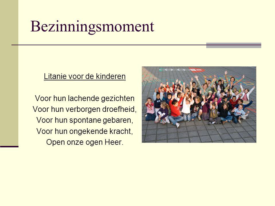 Nieuws uit de scholengemeenschappen Leerlingenaantallen Elektronische opvraging gegevens klik hier Graag uw medewerking 2011 Dialoog opstarten waar wenselijk Verschuivingen in samenstelling melden