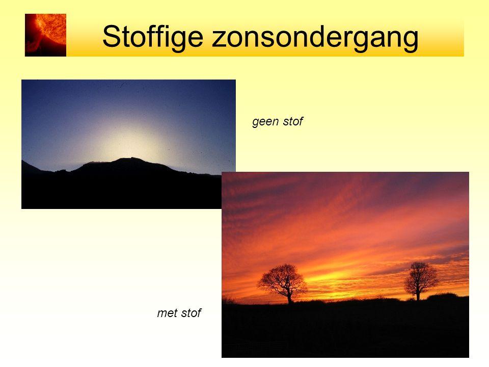 Stoffige zonsondergang geen stof met stof