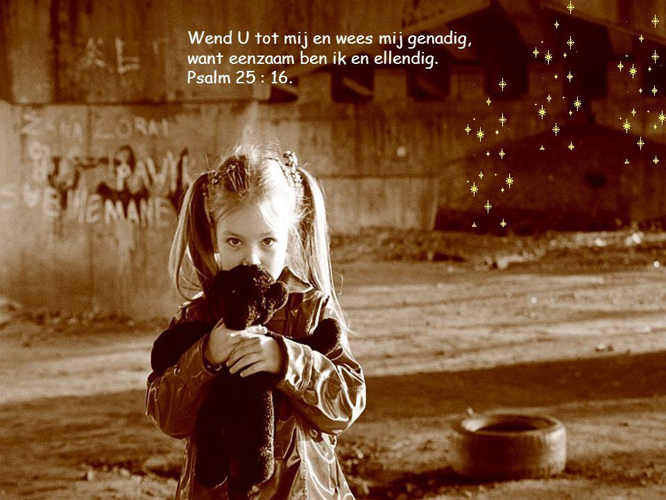 En zijn vader en zijn moeder stonden verwonderd over hetgeen van Hem gezegd werd. Lucas 2 : 33.