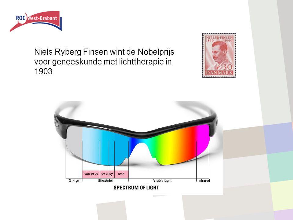 Niels Ryberg Finsen wint de Nobelprijs voor geneeskunde met lichttherapie in 1903