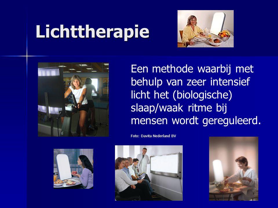 WWW.DAVITASHOP.NL Lichttherapie Een methode waarbij met behulp van zeer intensief licht het (biologische) slaap/waak ritme bij mensen wordt gereguleerd.