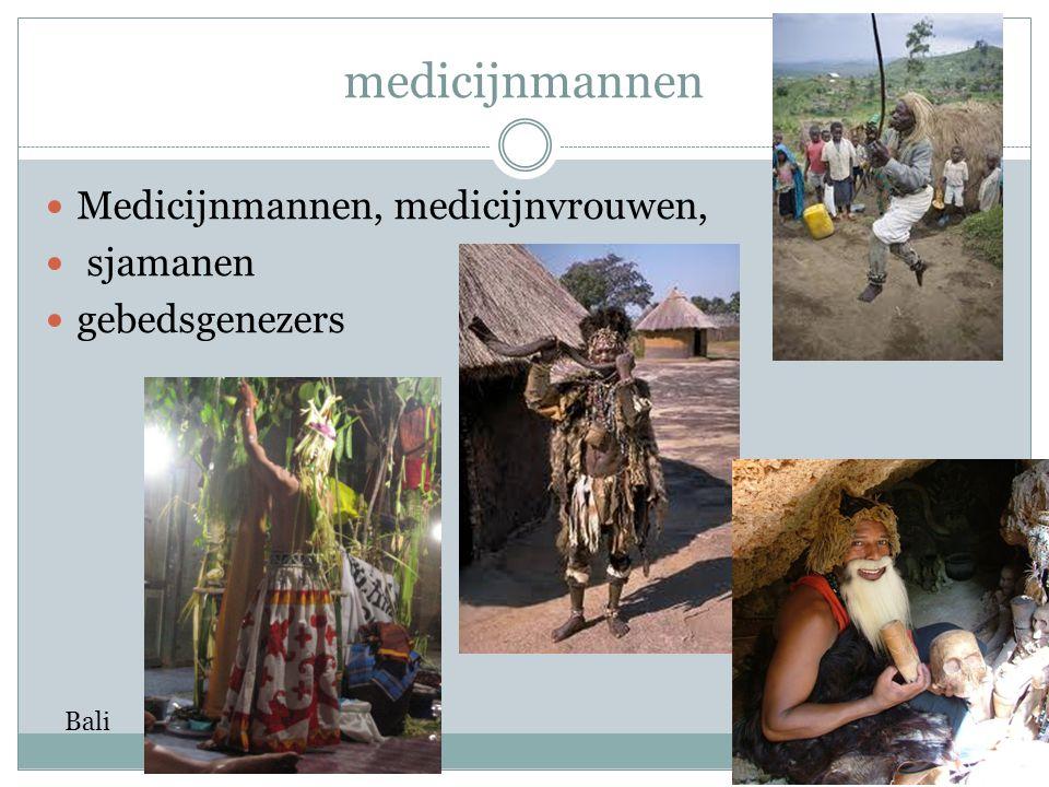 medicijnmannen Medicijnmannen, medicijnvrouwen, sjamanen gebedsgenezers Bali