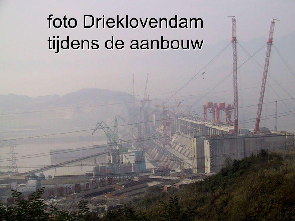 7 foto Drieklovendam tijdens de aanbouw