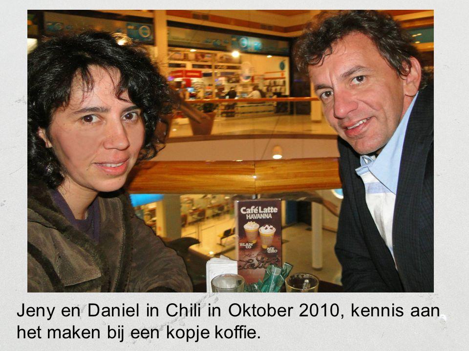 Jeny en Daniel in Chili in Oktober 2010, kennis aan het maken bij een kopje koffie.