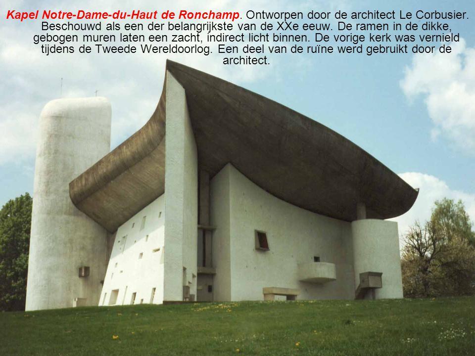 Kapel Notre-Dame-du-Haut de Ronchamp.Ontworpen door de architect Le Corbusier.