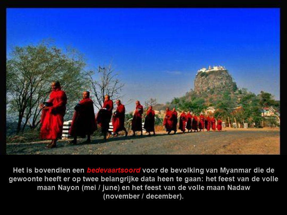 De Berg Popa en het klooster zijn omweven met veel legenden. De boeddhisten beschouwen dit als een heilige berg die wordt bewoond door de machtigste g