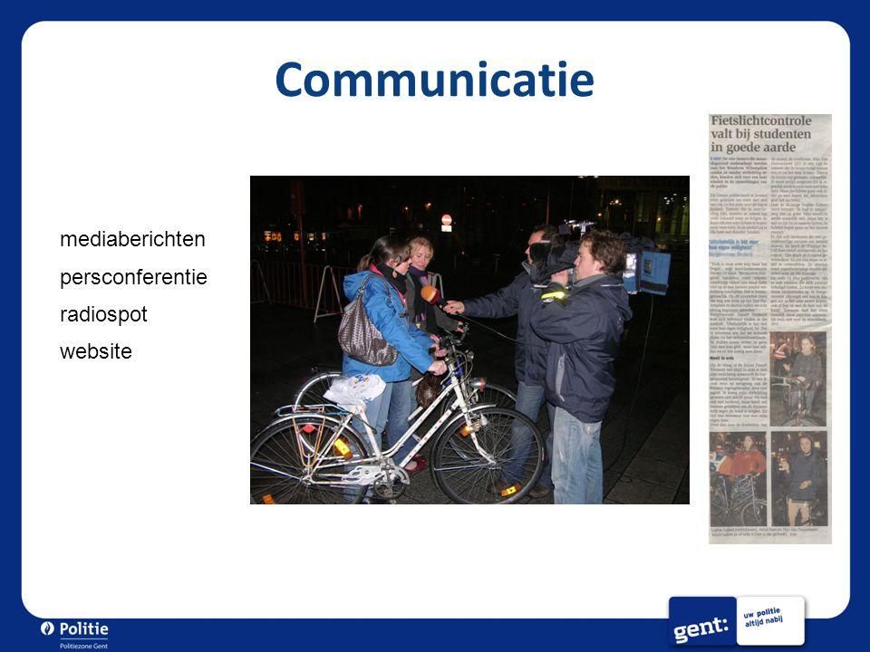 Communicatie mediaberichten persconferentie radiospot website