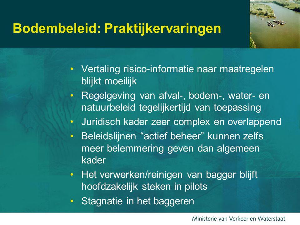EU-netwerk SedNet over de rol van sediment Te veel sedimentTe weinig sedimentAls grondstof Vaarwegobstructie Overstromende rivieren Besmeuring van bodem- leven Troebel water Strandafslag Oevererosie Verdwijnende wetlands Rivierprofiel aantasting Bouwmateriaal Strandzand Voeding van wetlands Grondverbeteraar Habitat en voedsel Sediment is een essentieel en integraal rivieronderdeel
