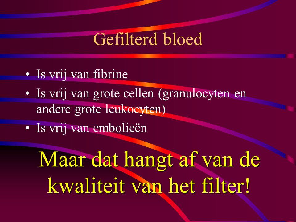 Wat zit er in bloed uit de wond? Dan zijn de erytrocyten nog goed van vorm. Dan is het vrij Hb laag. Dan is de concentratie D-dimeer laag. Dan is de s