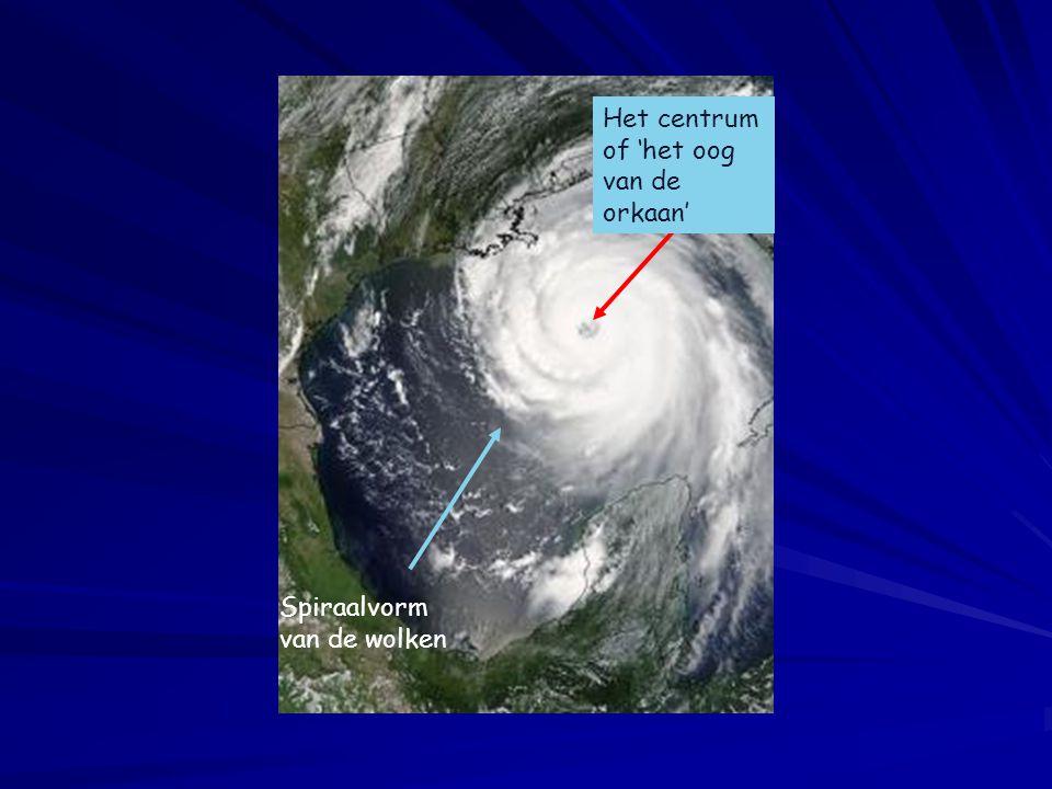 Spiraalvorm van de wolken Het centrum of 'het oog van de orkaan'