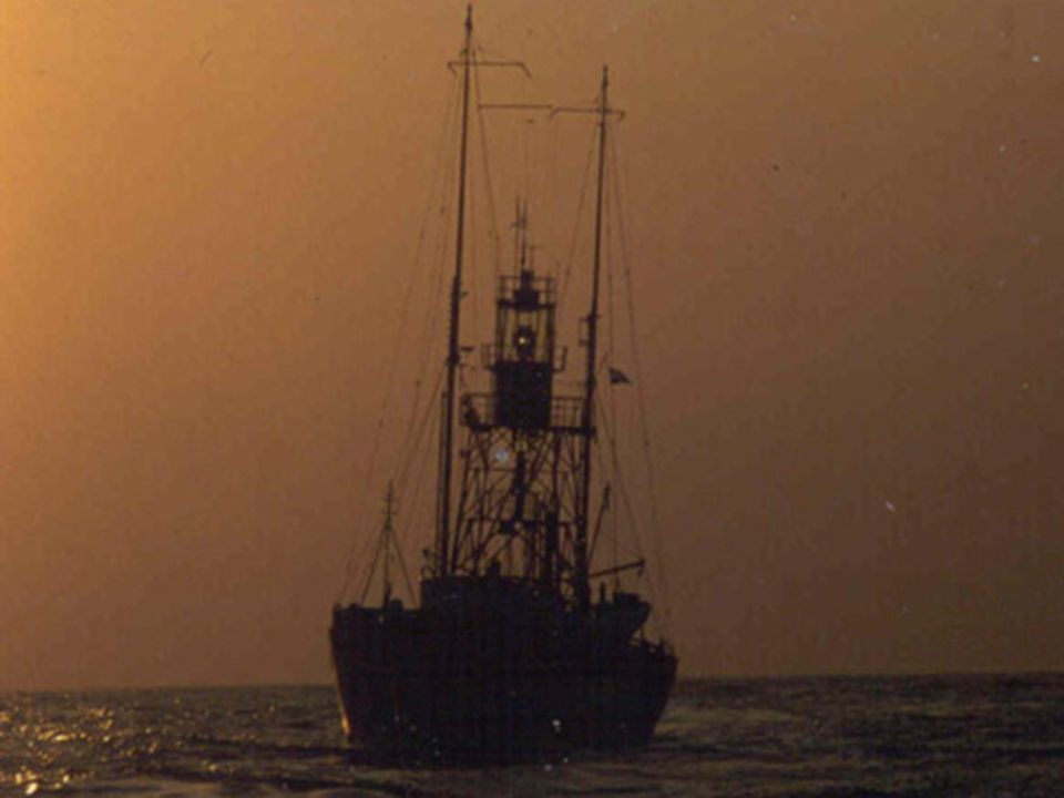 Bij verraderlijke ondiepten in zee waar de bouw van een vuurtoren niet mogelijk was, werden er lichtschepen uitgelegd.