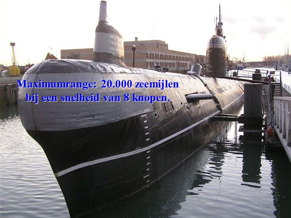 Duikbootlengte: 91,3 meter. Duikbootbreedte: 7 meter.
