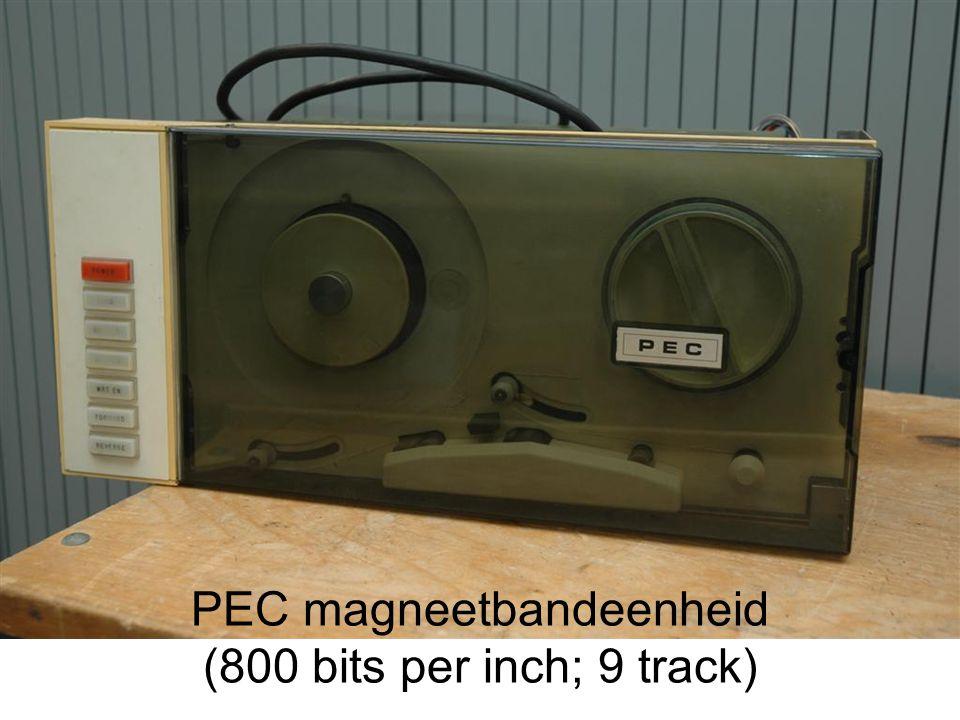PEC magneetbandeenheid (800 bits per inch; 9 track)