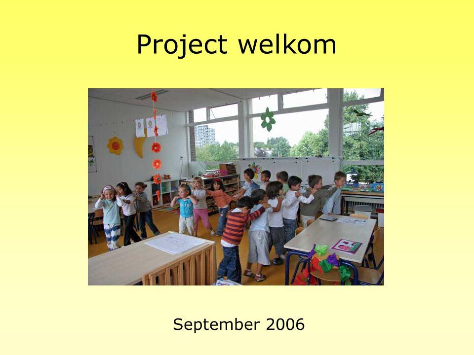 Werken met projecten Het hele jaar door werken wij met projecten. Zo'n project duurt meestal drie weken. Wij werken, knutselen, zingen, praten, denken