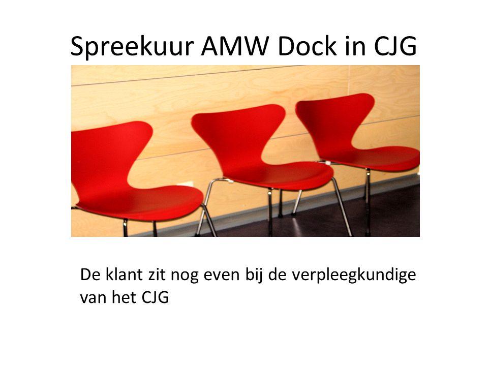 Spreekuur AMW Dock in CJG De klant zit nog even bij de verpleegkundige van het CJG