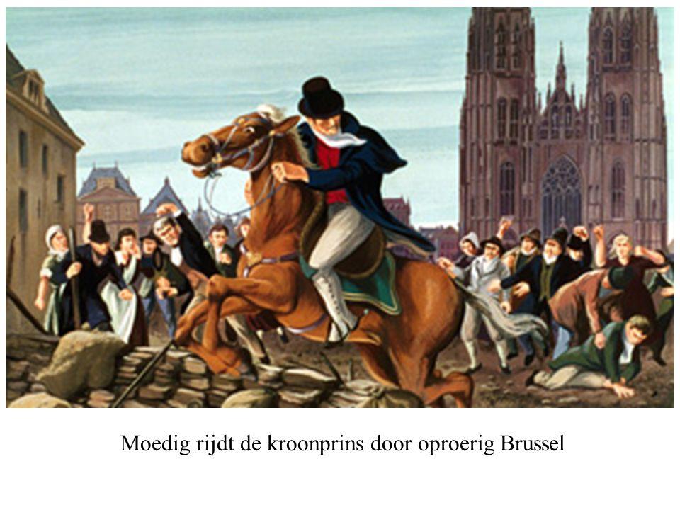 Moedig rijdt de kroonprins door oproerig Brussel
