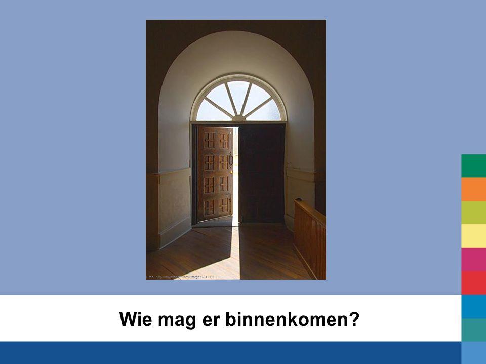 Wie mag er binnenkomen? Bron: http://www.pbase.com/image/57367000