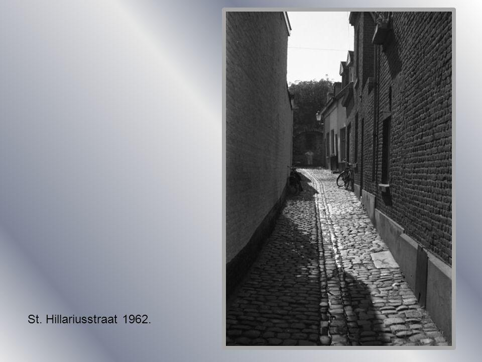 St. Bernardusstraat 1904St. Bernardusstraat 1930.