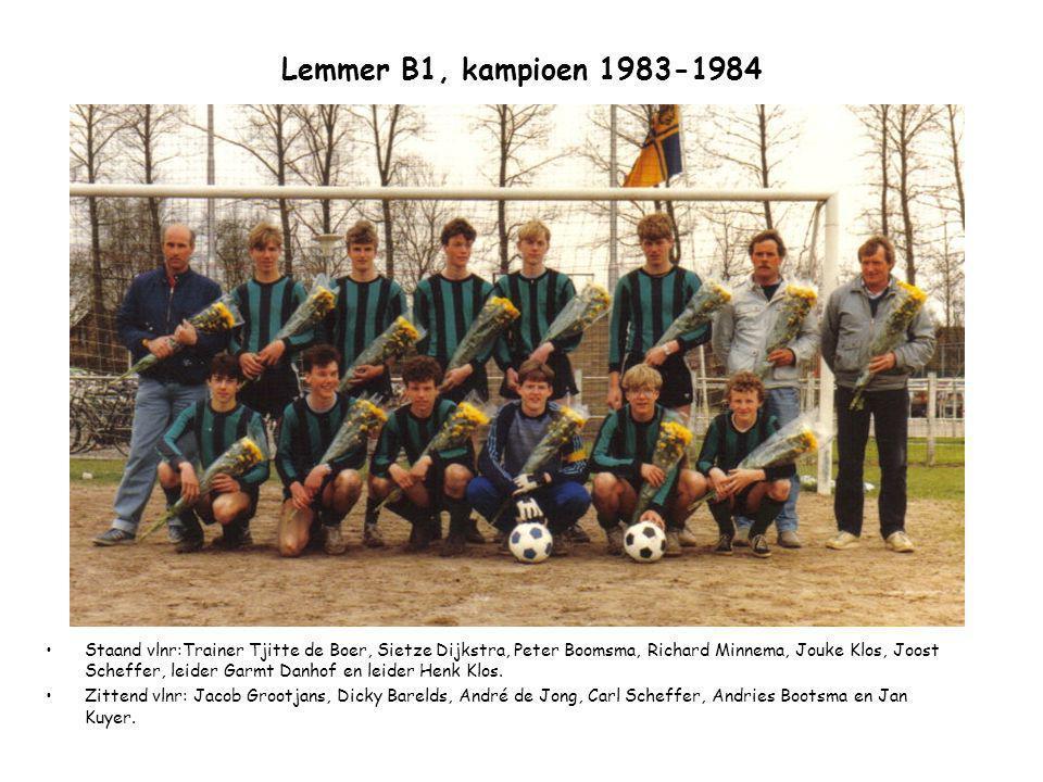 Lemmer B1, kampioen 1983-1984 Staand vlnr:Trainer Tjitte de Boer, Sietze Dijkstra, Peter Boomsma, Richard Minnema, Jouke Klos, Joost Scheffer, leider