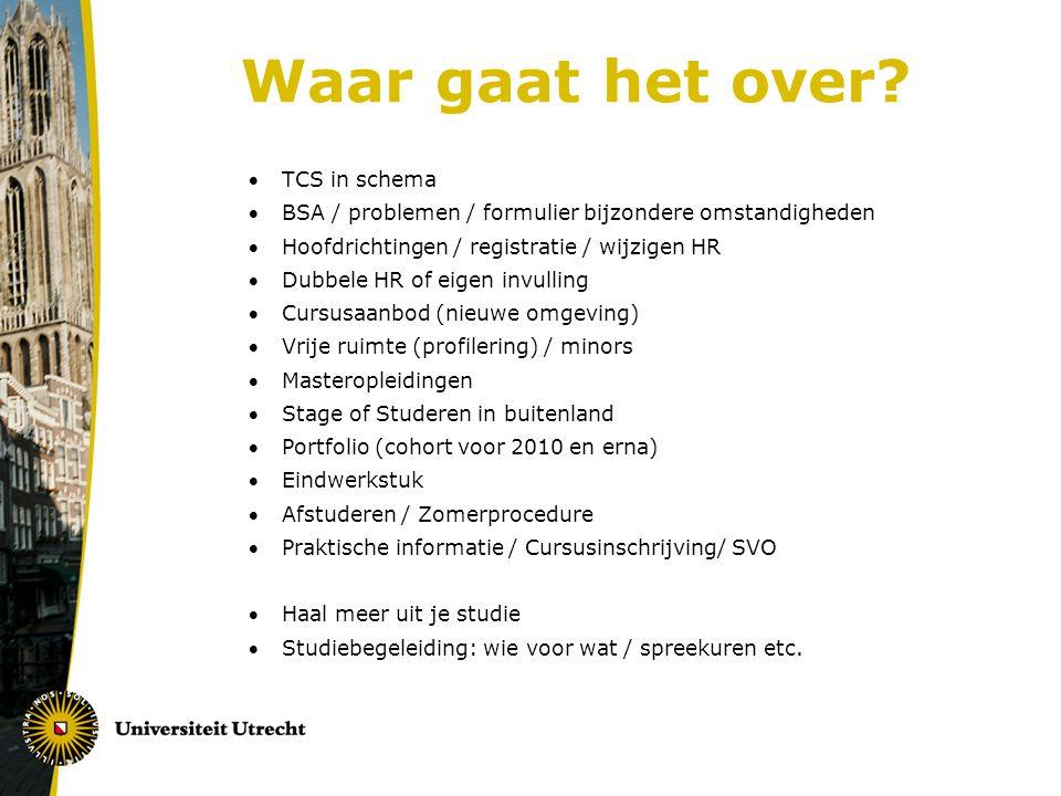 Stage of Studeren in het buitenland Stage Verplicht (15 ECTS: 420 uur/52 werkdagen) In principe op niveau 3 (eventueel niveau 2 mogelijk = meeloop) www.uu.nl/gw/studiepunt > ontplooiïng > stage (inclusief procedure, links, regelingen, tips, vacatures, formulieren etc)www.uu.nl/gw/studiepunt Stagebureau: Drift 13, bij Studiepunt 2x per jaar informatieavond > Eventueel te vervangen door: Studeren in het buitenland Let op: voldoende niveau 3-vakken, liefst voor vertrek.