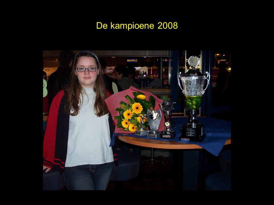 Beide kampioenen 2008 Patrick Meka en Naomi van Leeuwen