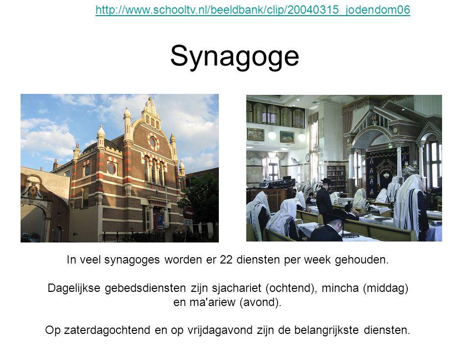 Synagoge In veel synagoges worden er 22 diensten per week gehouden. Dagelijkse gebedsdiensten zijn sjachariet (ochtend), mincha (middag) en ma'ariew (