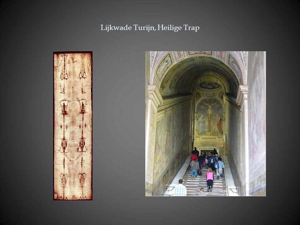 Lijkwade Turijn, Heilige Trap