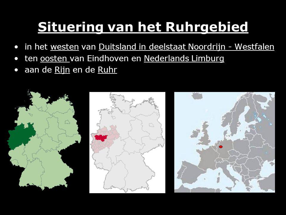 Situering van het Ruhrgebied in het westen van Duitsland in deelstaat Noordrijn - Westfalen ten oosten van Eindhoven en Nederlands Limburg aan de Rijn en de Ruhr