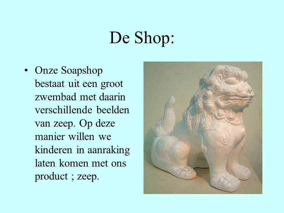 De Shop: Onze Soapshop bestaat uit een groot zwembad met daarin verschillende beelden van zeep.
