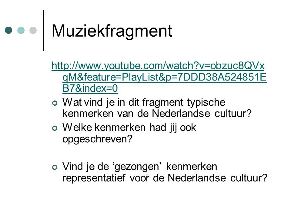 Muziekfragment http://www.youtube.com/watch?v=obzuc8QVx qM&feature=PlayList&p=7DDD38A524851E B7&index=0 Wat vind je in dit fragment typische kenmerken