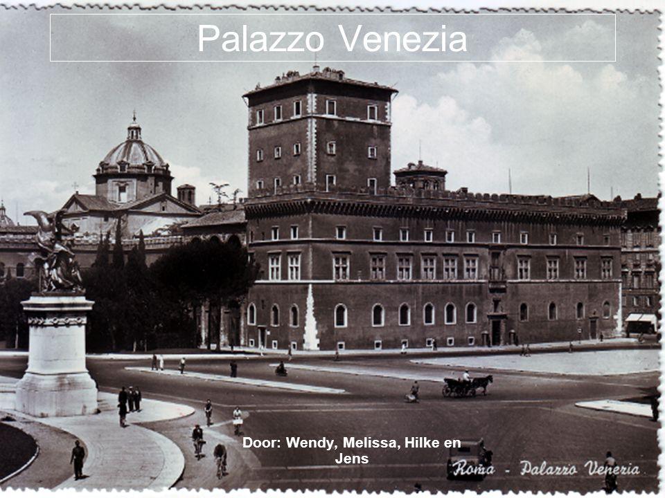 Palazzo Venezia Door: Wendy, Melissa, Hilke en Jens
