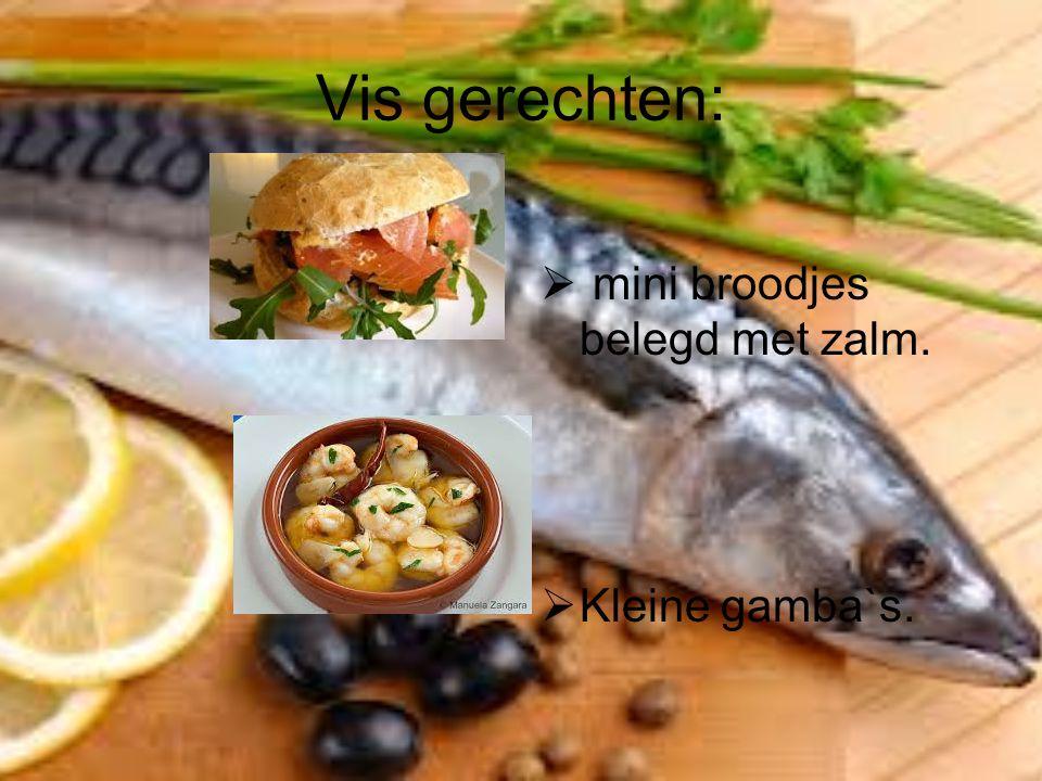 Diverse hapjes: Carpaccio met truffelmayonaise, parmezaanse kaas, rucolasla, uitgebakkken spekjes en pijnboompitten.