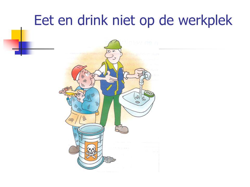 Eet en drink niet op de werkplek