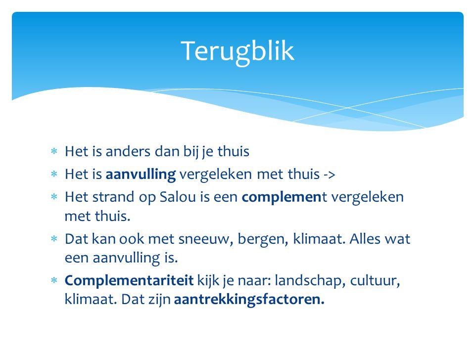 §7 Vakantiebestemming Nederland  miljoenen dagtochten naar attractieparken  geld uitgeven aan recreatiegoederen zoals tenten, wandelschoenen, koffers  Verdiend aan buitenlanders die naar het buitenland gaan.