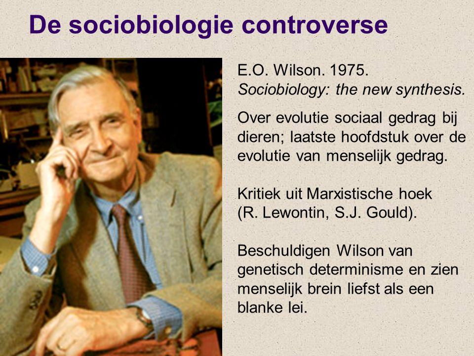 E.O. Wilson. 1975. Sociobiology: the new synthesis. Over evolutie sociaal gedrag bij dieren; laatste hoofdstuk over de evolutie van menselijk gedrag.
