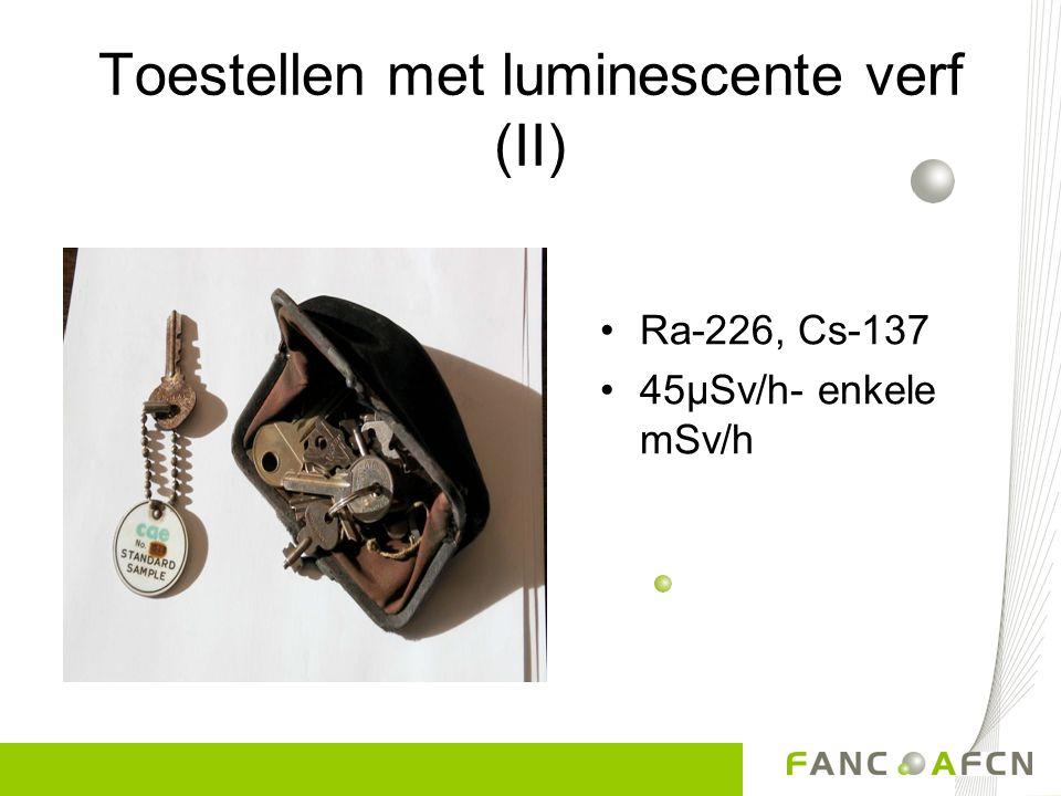 Toestellen met luminescente verf (I) Hoogtemeter Radium 8 µSv/h