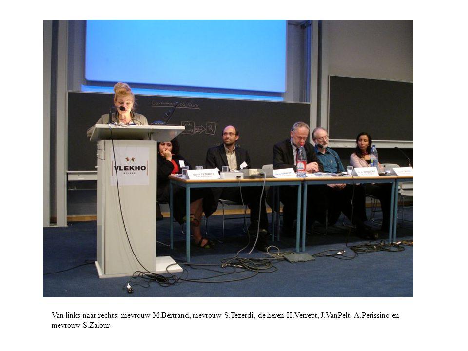 Van links naar rechts: mevrouw M.Bertrand, mevrouw S.Tezerdi, de heren H.Verrept, J.VanPelt, A.Perissino en mevrouw S.Zaiour