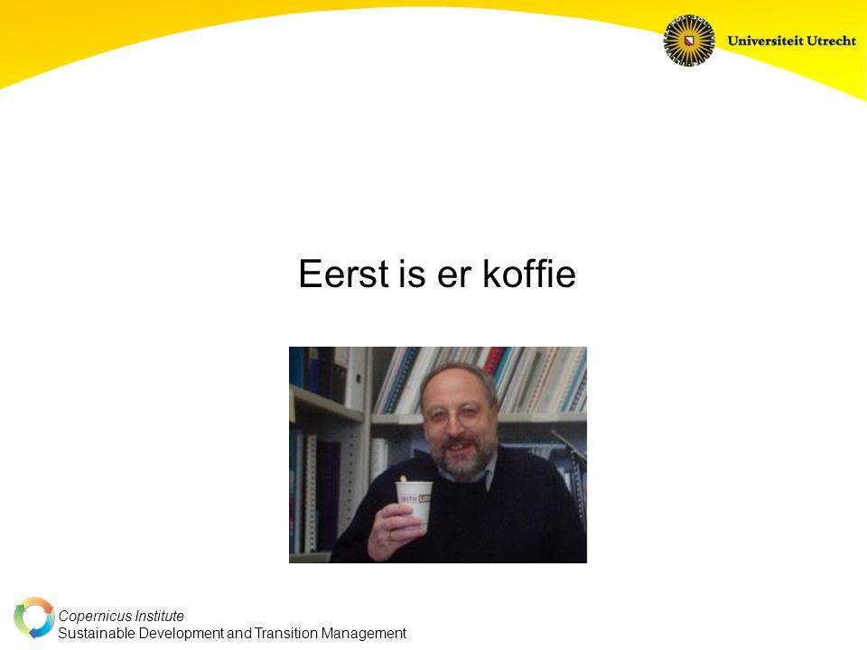 Copernicus Institute Sustainable Development and Transition Management Dynamiek in het koffiesysteem Komt uit de markt zelf Komt ook uit omgeving systeem