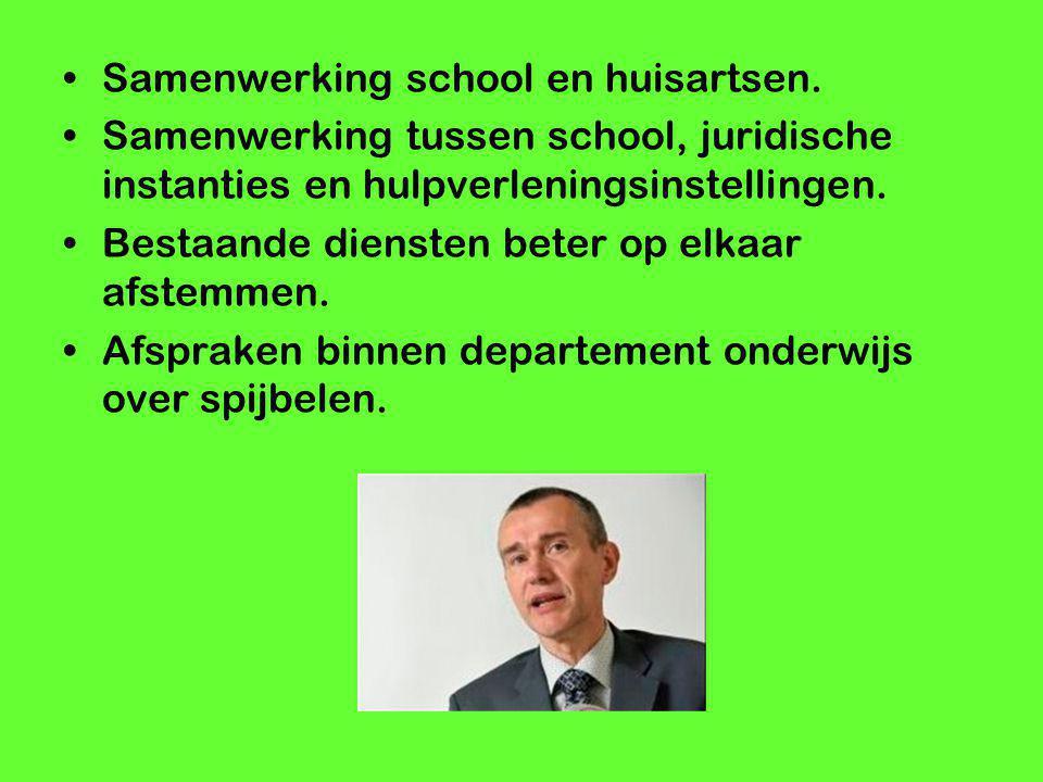 Samenwerking school en huisartsen. Samenwerking tussen school, juridische instanties en hulpverleningsinstellingen. Bestaande diensten beter op elkaar