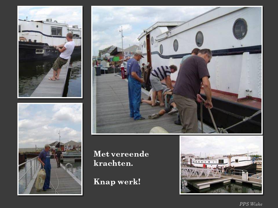 PPS Wiske Het Zwaantje wordt uit het droogdok gesleept en naar Antwerpen gebracht. Na enkele dagen wordt het manueel door enkele stoere SWS-leden op z